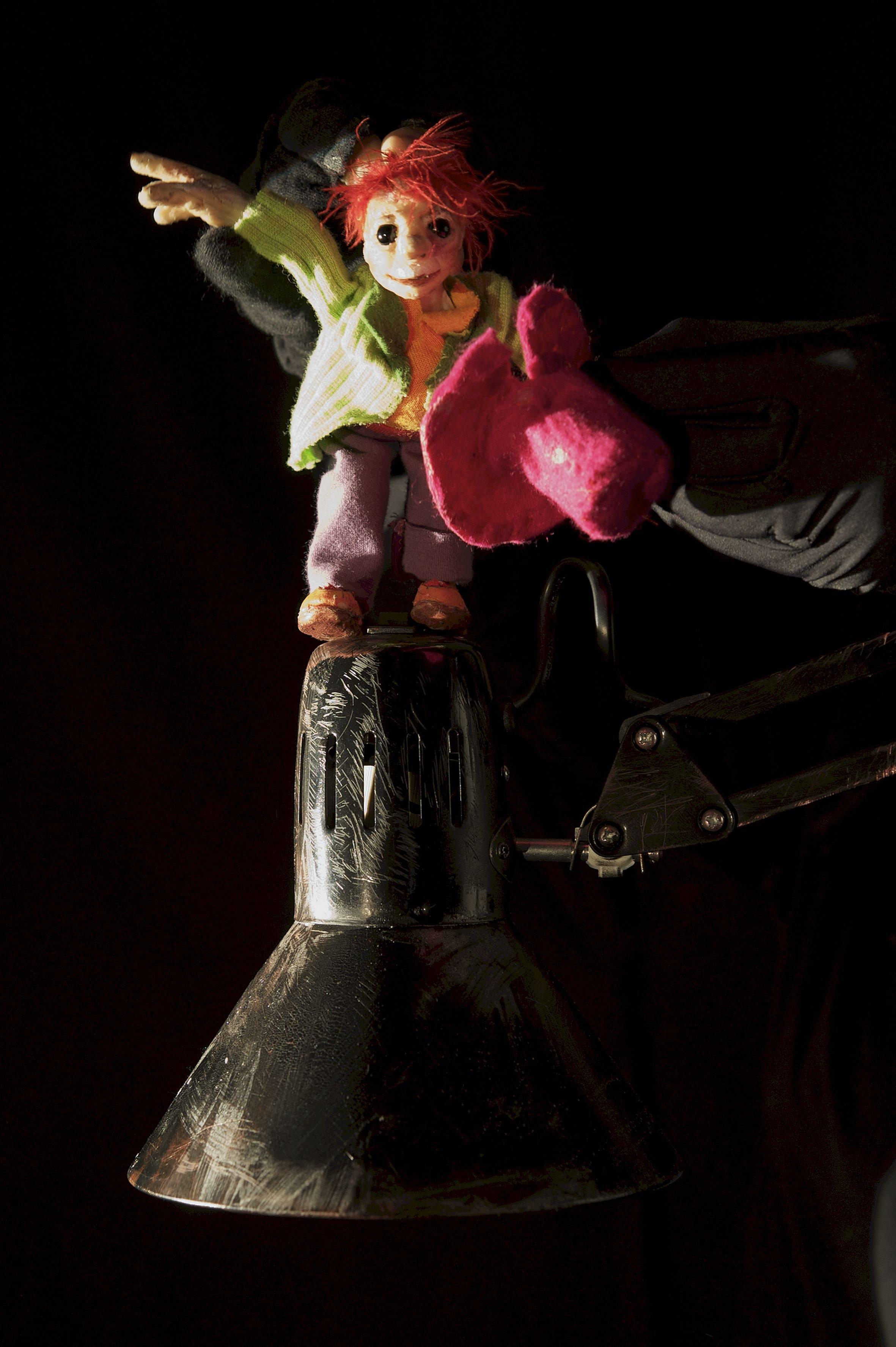Kindertheaterreihe: Figurentheater Stefanie Hattenkofer: Guten Abend Herr Lilienstengel! - © Christine Basler