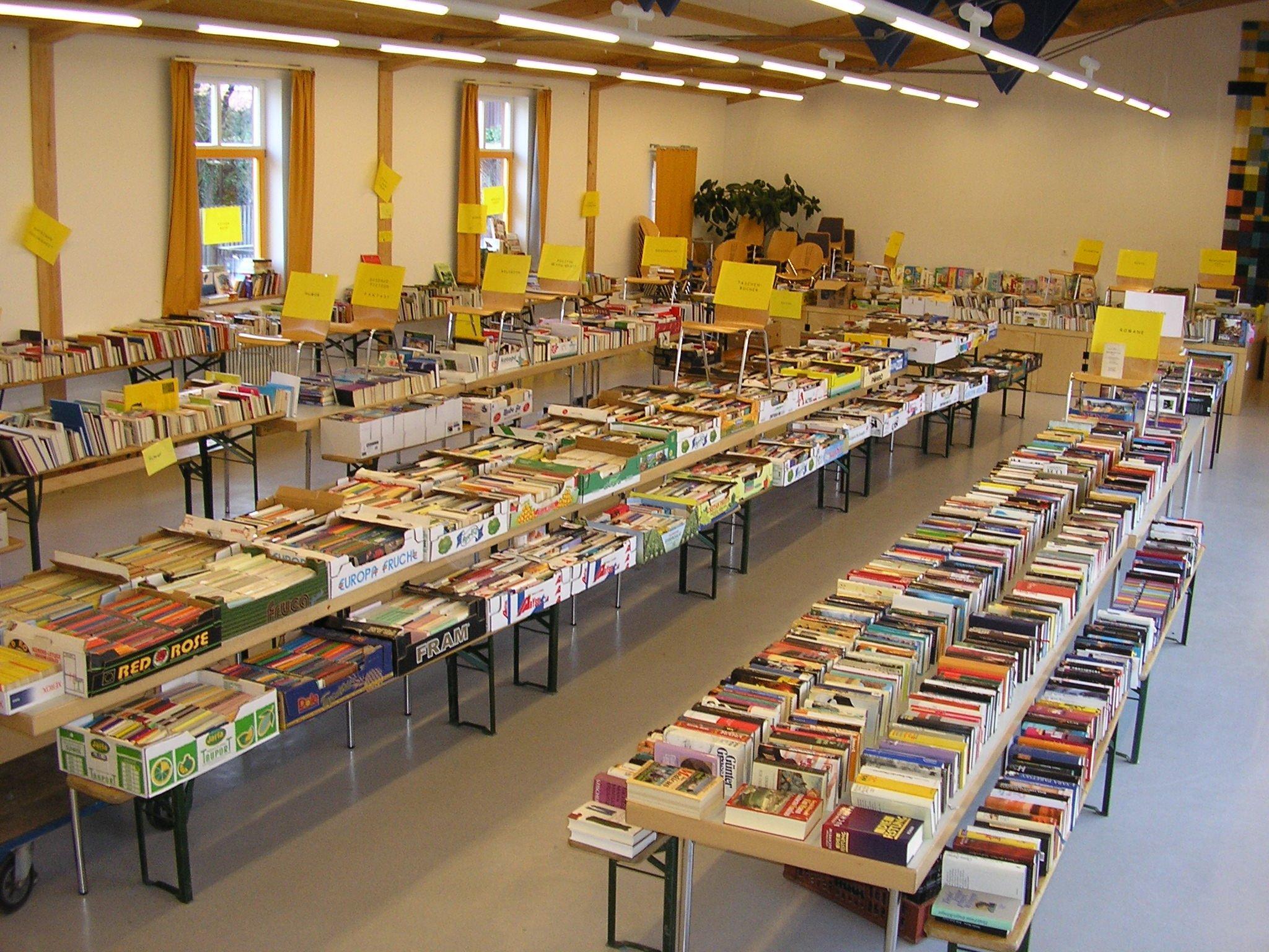 Büchermarkt - © Gerhard Kotschenreuther