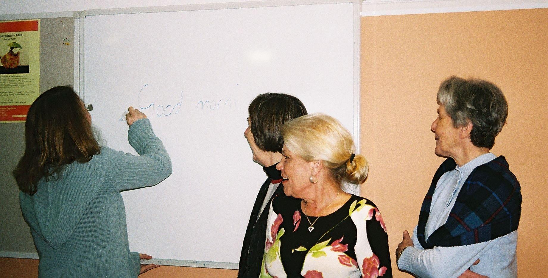 ff   English Conversation Class Level B2/C1n - © Kulturladen Ziegelstein