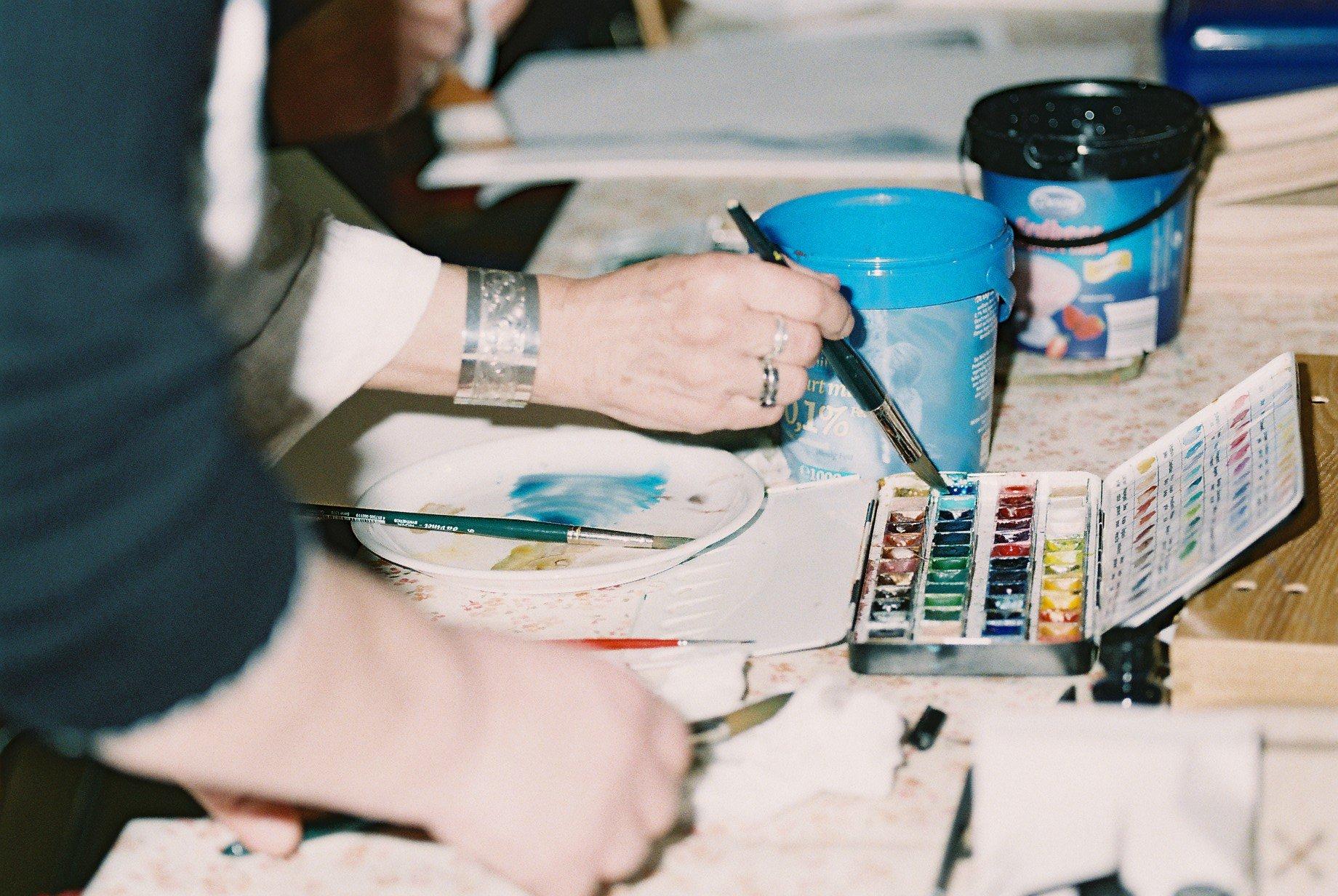 Aquarell-Acryl-Pastell- und Zeichenkurs /  Der Kurs fällt von 17.3.,-19.4.2020 aus!! - © Kulturladen Ziegelstein