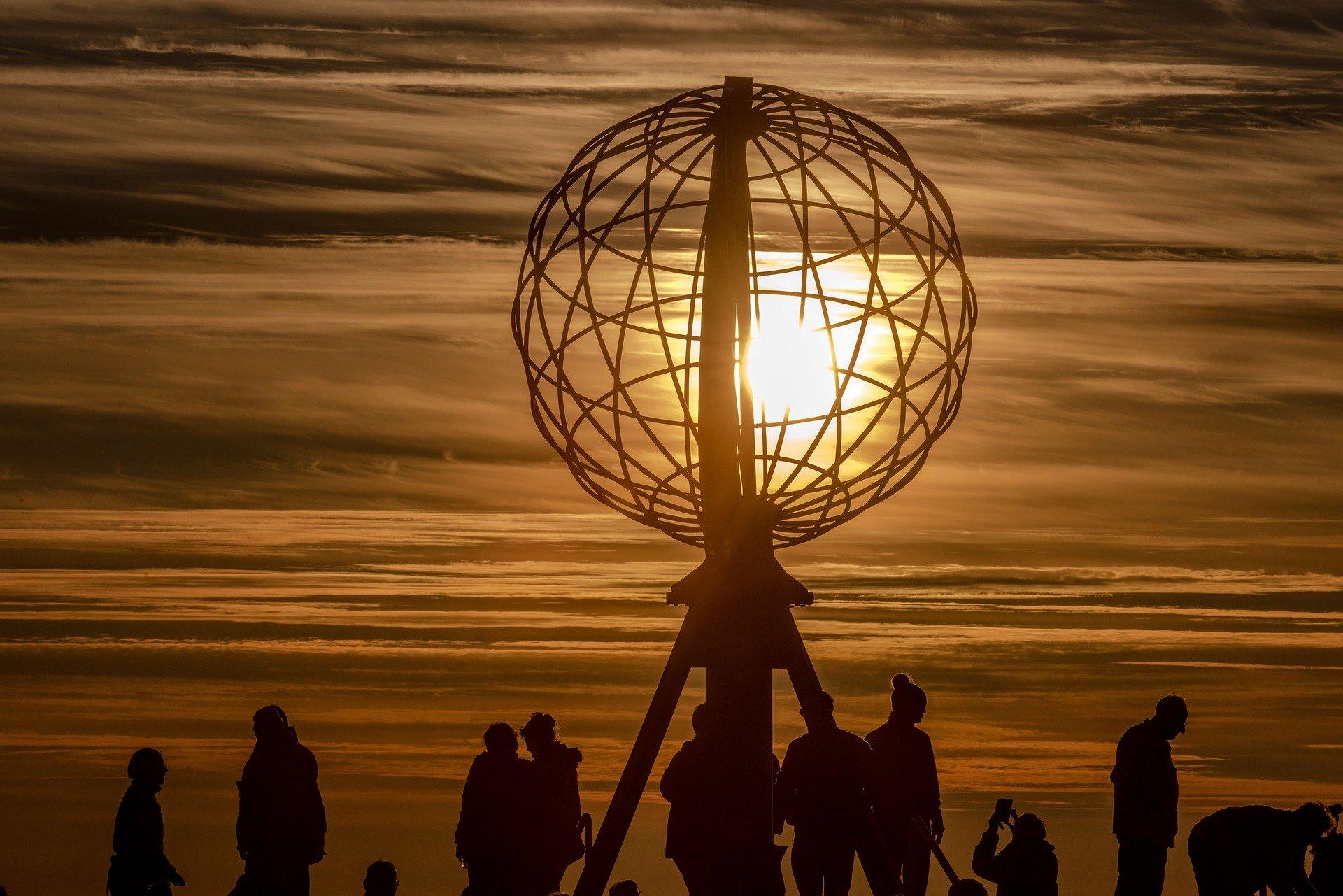 Sommersonnenwende und Mitternachtssonne in Norwegen und Schweden - © Pixabay