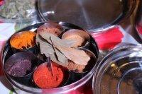 Bild zu Engagiert: Indischer Kochabend