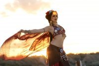 "Bild zu ""Silk and Spear"" – Tribal Fusion Workshop von Maria Fomina (Ukraine)"