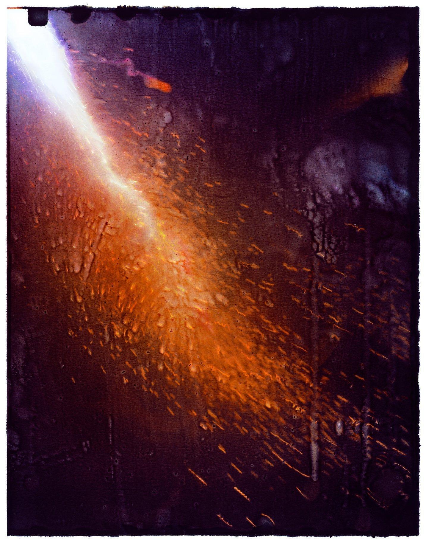 Fotofestival Nürnberg 2021 – facing reality im Kunstraum des Konfuzius-Instituts  © Gu You: Burning (2018) – Comet triptych 1
