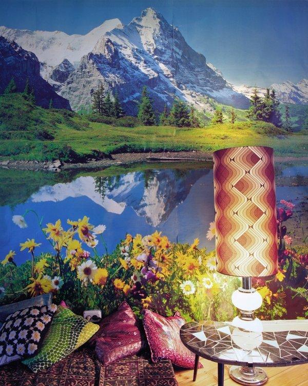 Thomas Wrede - Modell Landschaft. Fotografie - © Thomas Wrede: Domestic Landscapes, Gebirgslandschaft mit Kissen