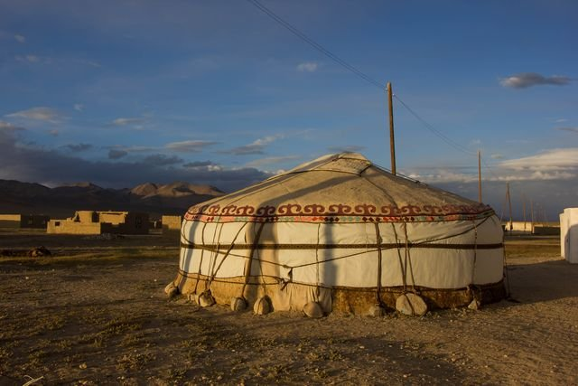 TravelTalk - Tajikistan und Kyrgystan - © Ursula Becker