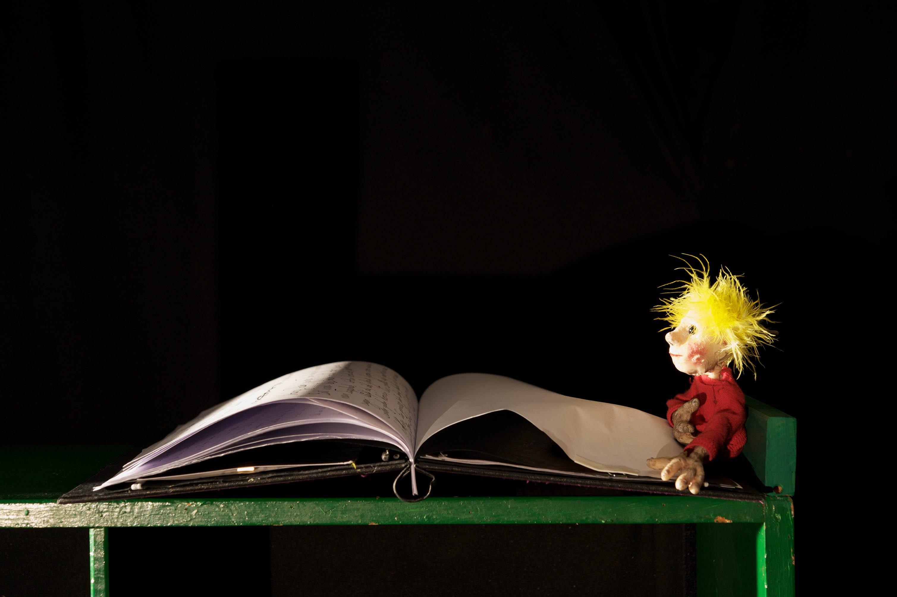 """Kindertheater: """"Guten Abend, Herr Lilienstengel"""" - © Christine Basler"""
