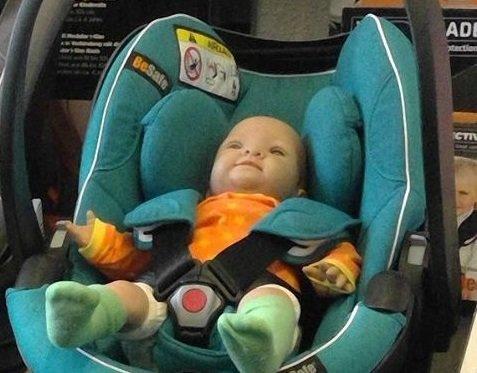 Rund um's Baby: Sicher fahren mit Baby und Kleinkind - © Margit Horn
