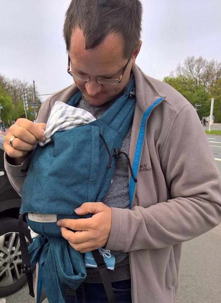 Rund um's Baby: Trageberatung - © Margit Horn