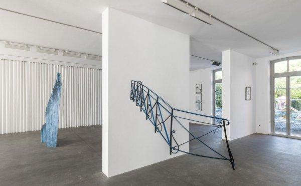 """Art Date - © Anja Buchheister, Ausstellungsansicht """"Field Trip"""", Kunstverein Grafschaft Bentheim, 2016 Foto: André W. Sobott, © VG Bild-Kunst Bonn, 2018"""