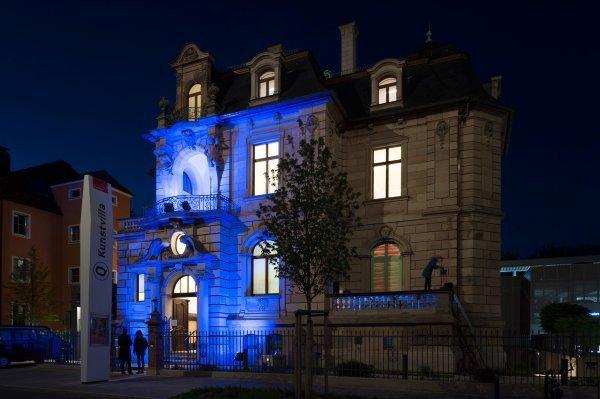 Die Blaue Nacht - Himmel und Hölle to go - © Kunstvilla, Foto: Annette Kradisch