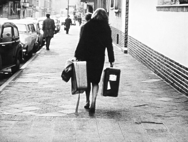 Abschied von gestern - © Deutsche Kinemathek