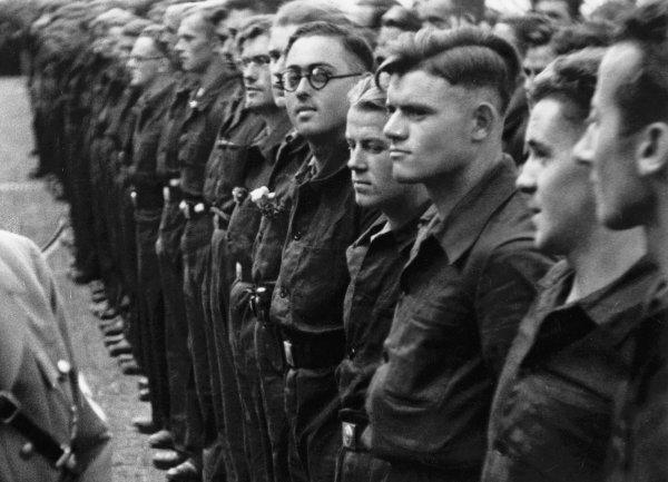 Der Marsch zum Führer - © Deutsche Kinemathek