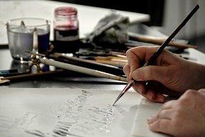 Kalligrafie - Schreiben mit allem was die Schule nicht erlaubt - © Karin Thrän
