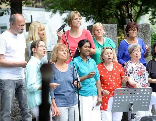 Gesangsgruppe - Gemeinsam singen - © Anna Lisowski-Daskalakes