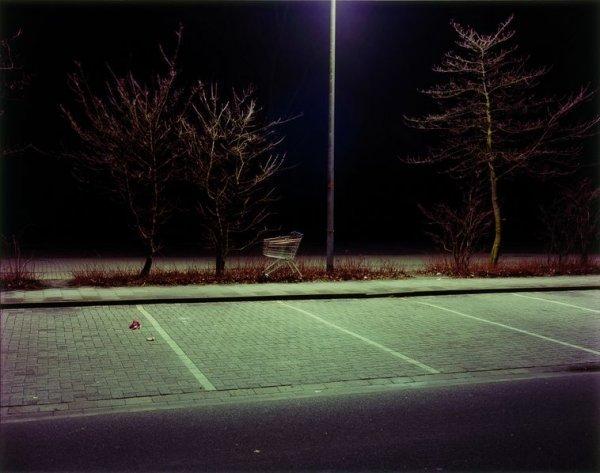 Sonntagsführung - © Aus der Serie: Laurenz Berges, Cloppenburg, 52 C-Print, 39x44 cm, © Laurenz Berges und VG-bildkunst, Bonn 2019