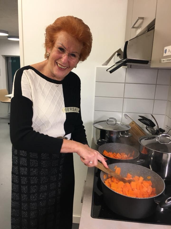 Senioren-Mittagstisch: Gerda kocht auf! - © Kulturbüro Muggenhof