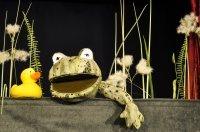 Bild zu Kindertheater: Das Krokodil im Entenweiher