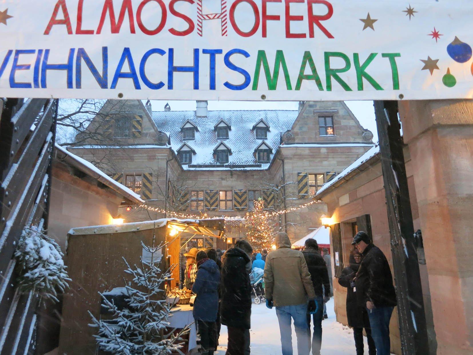Stimmungsvoller Weihnachtsmarkt - © Barbara Koch